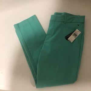AGB petite sea foam pants size 10p